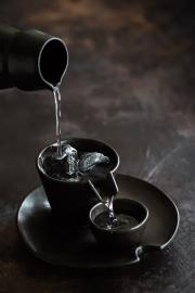 Delhi Black Sake Set