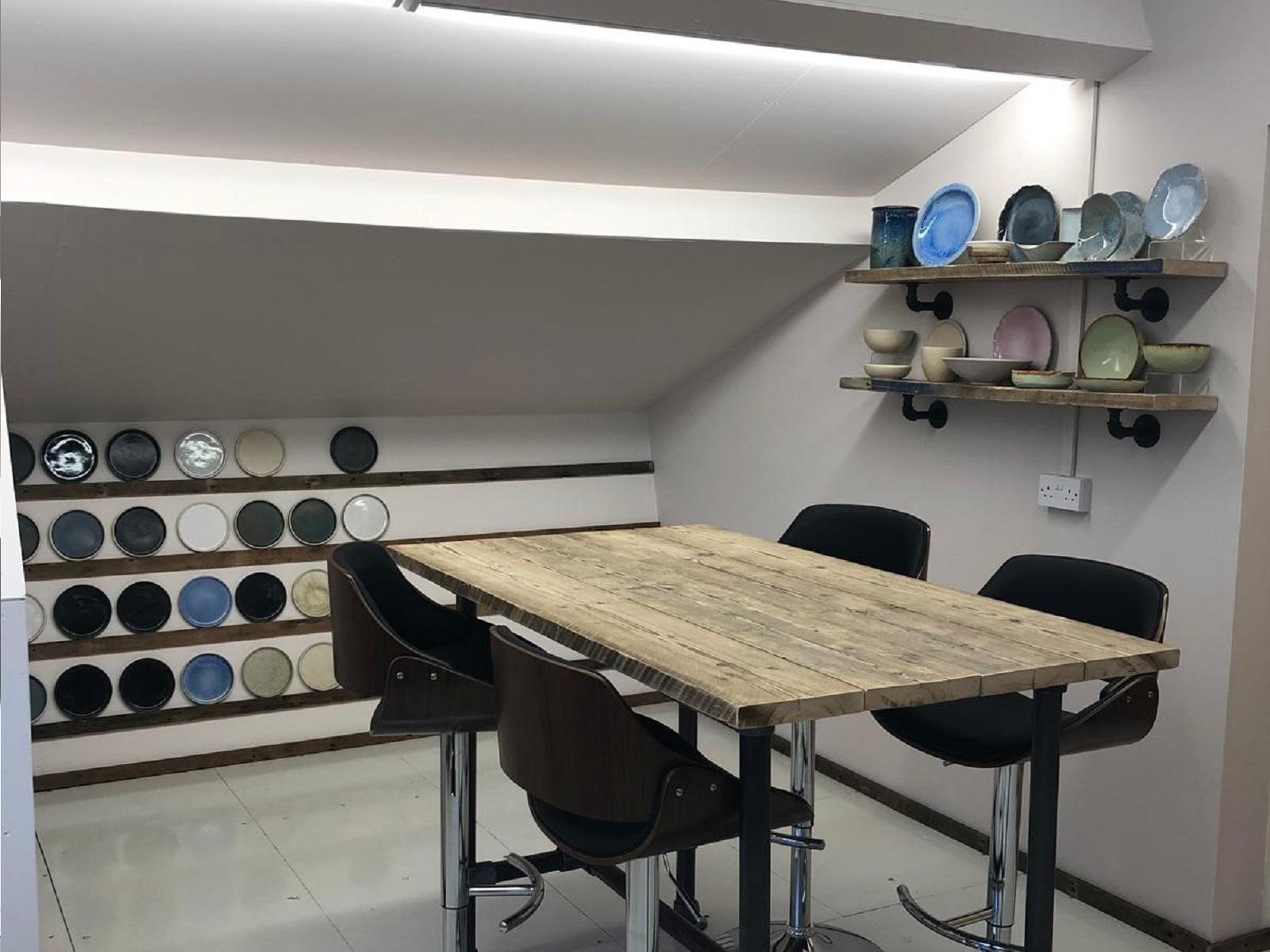 tableware showroom